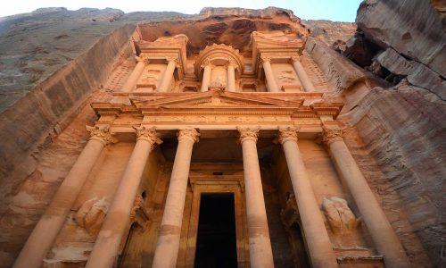 Petra: l'antica città della Giordania scavata nella roccia